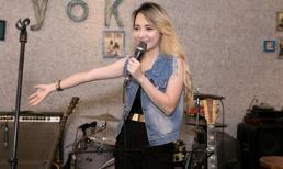 'Bé' Xuân Nghi xinh đẹp, khoe giọng hát ngọt ngào sau 7 năm vắng bóng