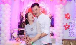 Vợ chồng Ốc Thanh Vân hạnh phúc kỷ niệm 18 năm quen nhau