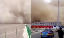 Bão cát khổng lồ tấn công miền bắc Trung Quốc như ngày tận thế