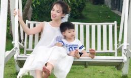 Khoảnh khắc bình yên đáng ghen tỵ của mẹ con Đan Lê
