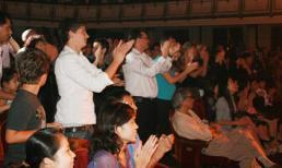 Vỗ tay - văn hóa nghe nhạc thính phòng