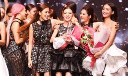 Gương mặt thương hiệu 2017: Không ngoài dự đoán, Tú Hảo team Lan Khuê đăng quang Quán quân