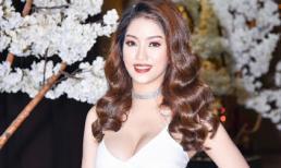 Hotgirl Angela Phùng diện váy trắng muốt khoe đường cong gợi cảm