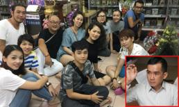 Các nghệ sĩ đến mộ phần của Minh Thuận để tưởng nhớ ngày anh mất