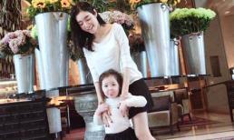 Elly Trần vui vẻ chơi đùa cùng con gái Cadie
