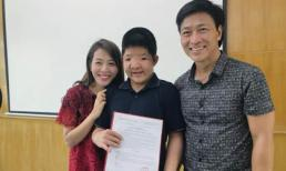 Con trai Quốc Tuấn rạng rỡ khi được trao học bổng tại Học viện Âm nhạc Quốc gia