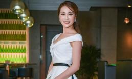 Diễn viên Xuân Nguyễn xinh đẹp rạng rỡ dự sinh nhật NTK Văn Thành Công