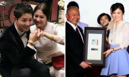 """Lộ diện người đã tặng vợ chồng Song Joong Ki – Song Hye Kyo cặp vòng vàng """"khủng"""""""