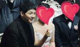 Đi đám cưới bạn, Song Joong Ki được khen béo lên trông thấy nhờ tài chăm sóc của bà xã