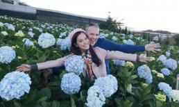 Lý Thanh Thảo cùng chồng Tây rạng rỡ giữa vườn hoa Cẩm tú cầu