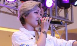 """Vicky Nhung bất ngờ xuất hiện """"quẩy"""" tưng bừng cùng fan"""