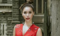 Siêu mẫu Minh Tú diện váy xuyên thấu trên đường phố Australia