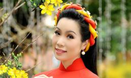 'Gái hai con' Trịnh Kim Chi khoe vóc dáng thon thả trong bộ ảnh đầu năm mới