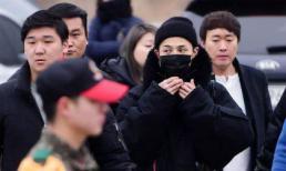 G-Dragon trùm kín mít trong ngày nhập ngũ giữa rừng người hâm mộ