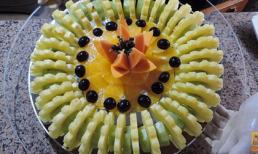 Cắt tỉa trang trí đĩa trái cây đơn giản mà đẹp mắt