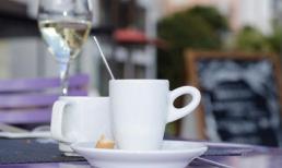 Lý do tuyệt đối không nên uống cà phê sau khi uống rượu