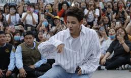 Fans vỡ òa trong hạnh phúc khi được Kim Samuel nhảy tặng hit 'Sixteen'