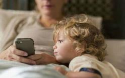 Con bao nhiêu tuổi thì cho sử dụng điện thoại di động là hợp lý?