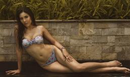 Á hậu Nguyễn Loan đầy nóng bỏng với bikini chào hè 2018