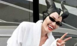 Hé lộ hình ảnh nhắng nhít hiếm có của Angelina Jolie trên phim trường 'Tiên hắc ám 2'