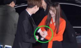 Vẫn biết Ahn Jae Hyun rất yêu vợ, nhưng không ngờ tình yêu của anh lại khiến Goo Hye Sun phải nhiều lần nhắc nhở thế này