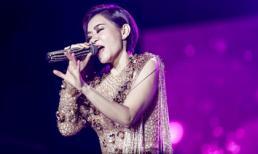 Lần đầu mang hit mới 'càn quét' concert Việt - Hàn, Thu Minh đã gặp sự cố âm thanh