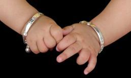 Chú ý khi đeo vòng bạc cho con kẻo gặp những nguy hiểm ảnh hưởng đến tính mạng trẻ