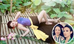 Chất như mẹ Huyền Baby, ngoài 50 tuổi vẫn tự tin mặc áo yếm chụp ảnh với sen