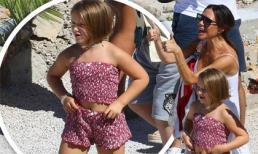 Tung bay tóc bob trong gió, bé Harper còn 'lăng xê' áo crop top và quần short họa tiết khi đi chơi với gia đình