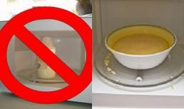 Hâm nóng sữa và thức ăn cho trẻ bằng lò vi sóng nguy hiểm tới mức nào?
