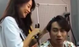 An Nguy vui vẻ làm tóc, nô đùa cùng Kiều Minh Tuấn