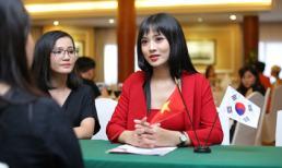 Trâm Anh - CEO ILGU71 Việt Nam rạng rỡ tại buổi ký hợp tác với Hàn Quốc