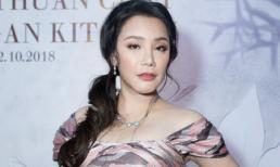 Hồ Quỳnh Hương diện đầm gợi cảm, bất ngờ xuất hiện sau thời gian dài 'mất tích' khỏi showbiz