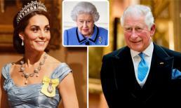 Quá chán nản với cuộc sống bên bà Camilla, Thái tử Charles từ bỏ kế vị Nữ hoàng Anh, chấp nhận Kate lên ngôi Hoàng hậu