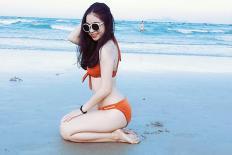 Bạn gái Quang Hải khoe ảnh bikini đầy táo bạo