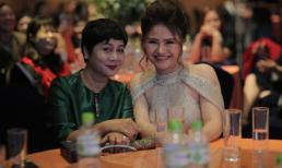 NSƯT Minh Hằng dự lễ ra mắt sản phẩm Gel vệ sinh phụ nữ tinh chất vàng Venux