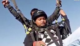 Gặp sự cố dù lượn đứt dây giữa trời, phi công hy sinh tính mạng để cứu du khách