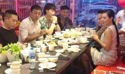 Dàn diễn viên 'Quỳnh búp bê' rủ nhau ăn lẩu, 'Lan cave' Thanh Hương được khen xinh hết phần thiên hạ