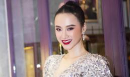 Diện đầm xẻ tà cao cực táo bạo, Angela Phương Trinh làm 'bỏng mắt' dân tình