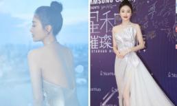 'Phú Sát Hoàng hậu' Tần Lam lộ lưng trần cùng đôi chân nuột nà với đầm cắt xẻ táo bạo ở Singapore
