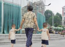 4 hành động yêu thương thường ngày của ông bà tưởng tốt nhưng lại có khả năng gây nguy hại cho trẻ mà nhiều bố mẹ không để ý