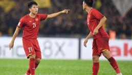 Trọng 'sơ vin' sắp trở lại đội tuyển dự Asian Cup 2019, nhiều fan nữ mừng ra mặt