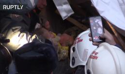 Em bé 11 tháng tuổi sống sót thần kỳ sau 35 giờ bị vùi lấp dưới đống đổ nát ở cái lạnh âm 22 độ