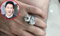 Dương Triệu Vũ than thở lông chân mọc nhiều nhưng dân mạng lại 'lóa mắt' vì 2 chiếc nhẫn kim cương