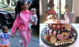 Tiệc sinh nhật 1 tuổi xa hoa, đúng chuẩn 'rich kid' của con gái út nhà Kim Kadarshian - Kanye West