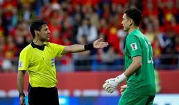 HLV Park Hang Seo dặn dò gì giúp Văn Lâm bắt penalty thành công?