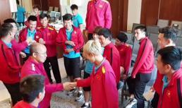 HLV Park Hang Seo cùng các tuyển thủ Việt Nam chơi gameshow xả stress