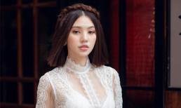 Sau ồn ào với hội bạn thân, Jolie Nguyễn tung bộ ảnh diện áo dài đón Tết cực dịu dàng