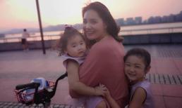 Hoa hậu Hương Giang mách hội mẹ bỉm sữa bí kíp tha con theo ăn chơi vẫn không lo phiền phức