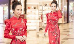 Hot girl chuyển giới Trần Đoàn tỏa sáng thảm đỏ với trang phục được thiết kế riêng